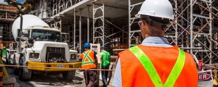 Czy można oceniać oferty w oparciu o kryterium zatrudnienia pracowników na podstawie umowy o pracę?