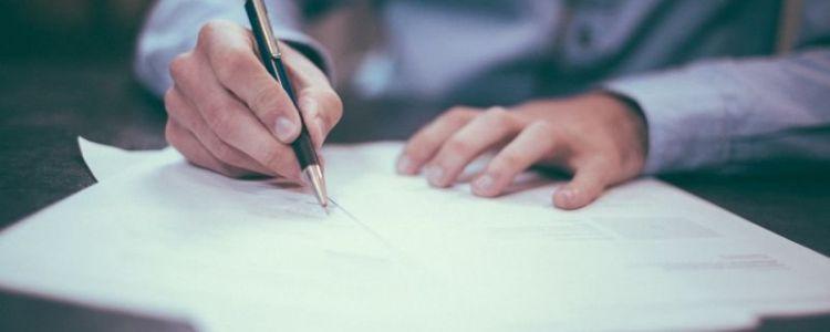 Ustawodawca w art. 26 ust. 2f Pzp upoważnił zamawiającego, w przypadku jeżeli jest to niezbędne dla zapewnienia odpowiedniego przebiegu postępowania o udzielenie zamówienia, zamawiający może na każdym etapie postępowania wezwać wykonawców do złożenia wszystkich lub niektórych oświadczeń lub dokumentów potwierdzających, że nie podlegają wykluczeniu z postępowania