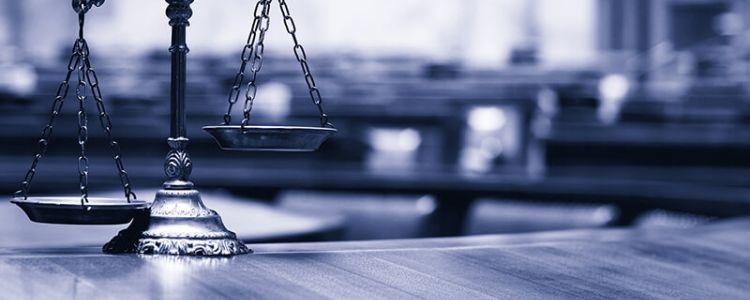 Unieważnienie postępowania jest czynnością niweczącą całość postępowania, powodującą, że cel prowadzenia postępowania, tj. udzielenie zamówienia publicznego, nie zostaje osiągnięty