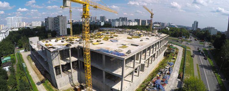Kto ponosi odpowiedzialność  za szkody na terenie budowy, jeżeli doszło do przekazania terenu budowy bez sporządzenia protokołu?