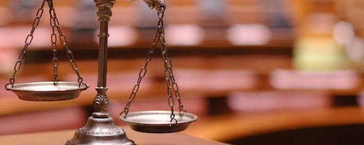 Czy gwarancja wadialna musi wyraźnie określać przypadki uprawniające zamawiającego do zatrzymania wadium?